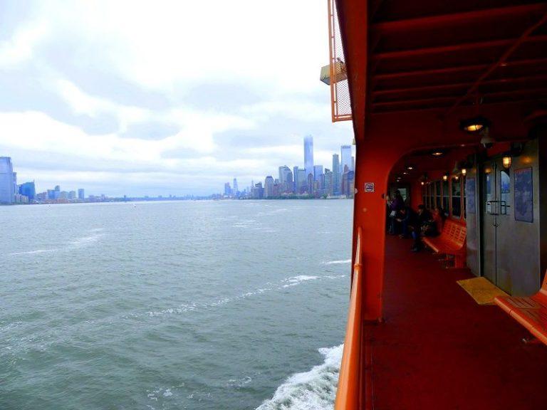 Fahrt nach Manhattan mit der Staten Island Ferry