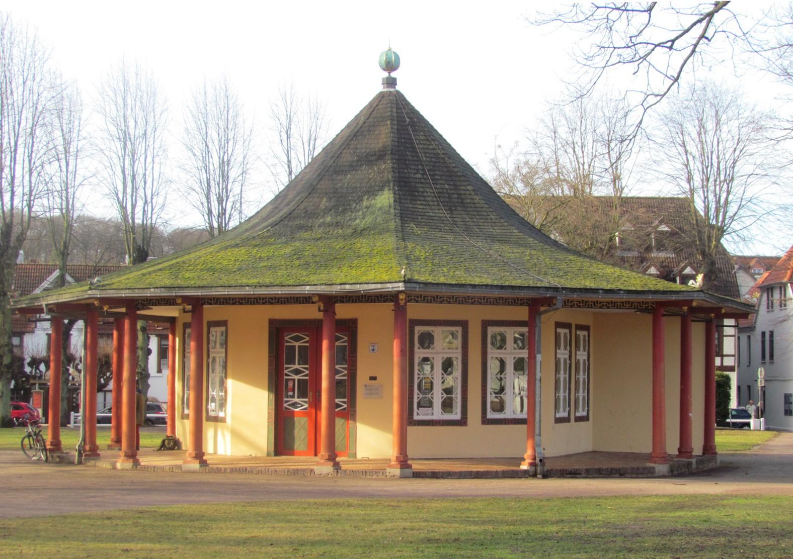 Bad Doberan - Roter Pavillon.jpg