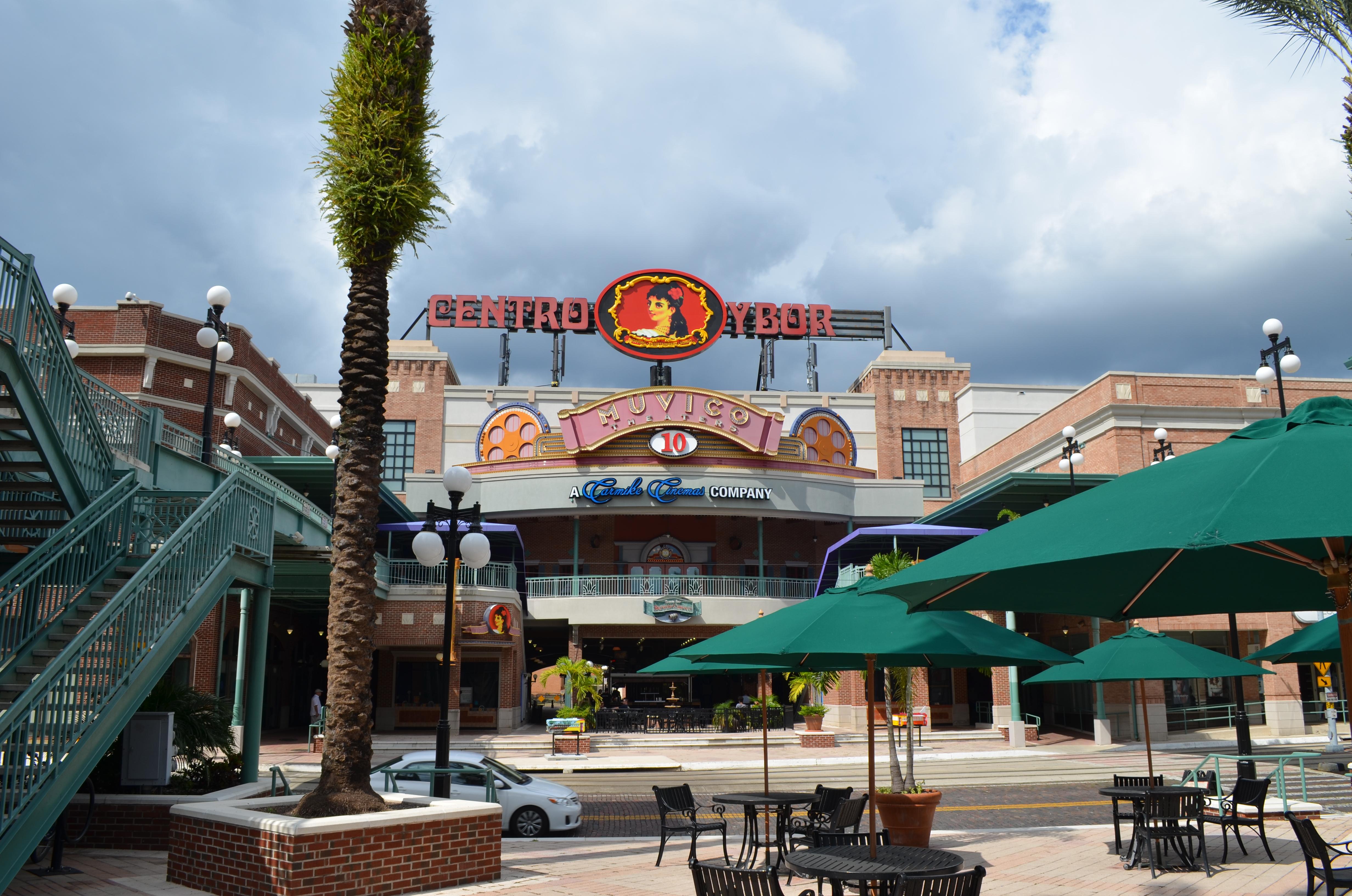 Centro Ybor City Tampa.JPG