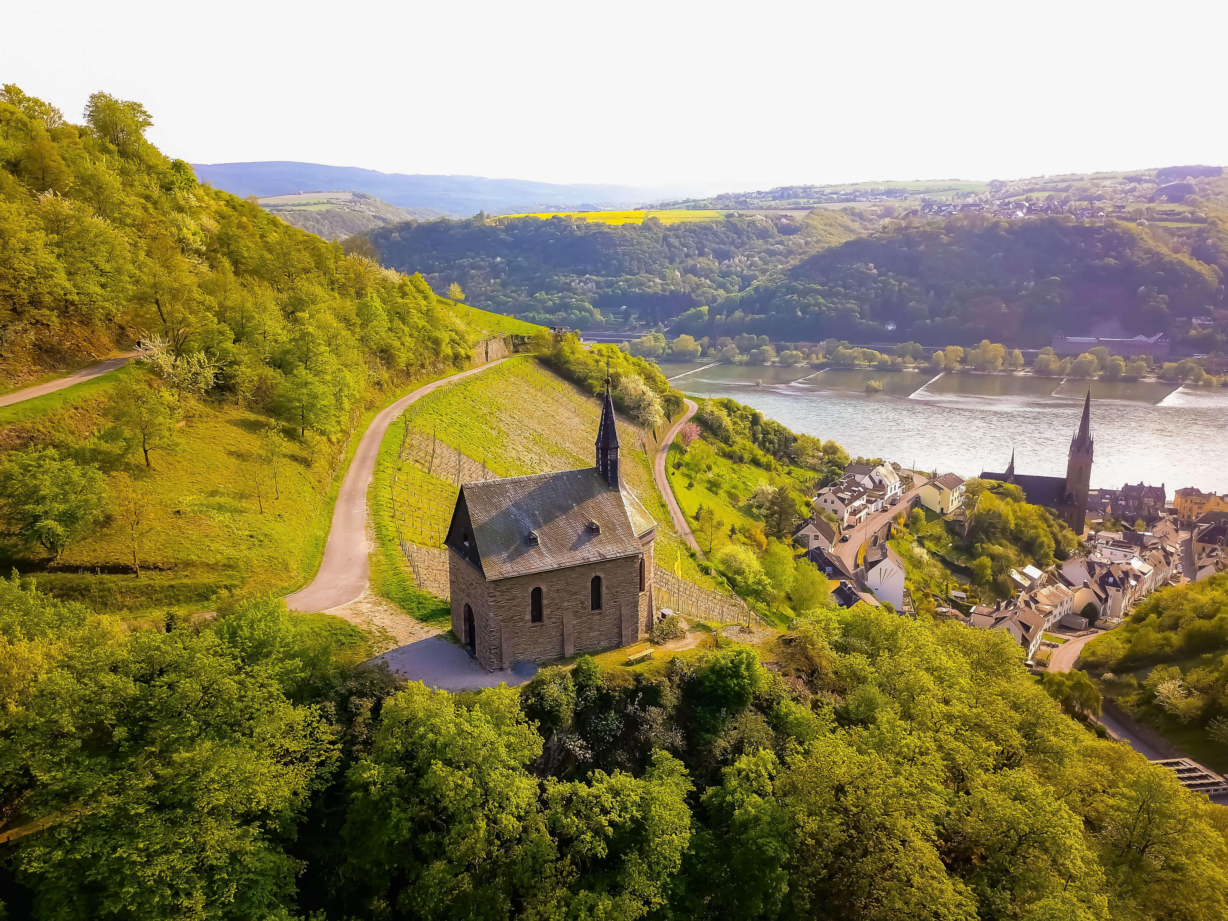 Clemenskapelle Rheingau Drohne