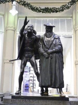 Mephisto Goethe Statue in Leipzig - Leipziger Sehenswürdigkeiten