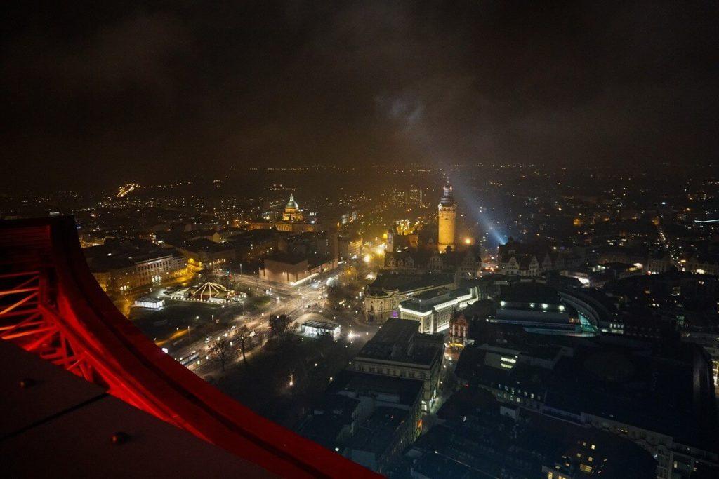 Leipziger Sehenswürdigkeiten - Panorama Tower bei Nacht