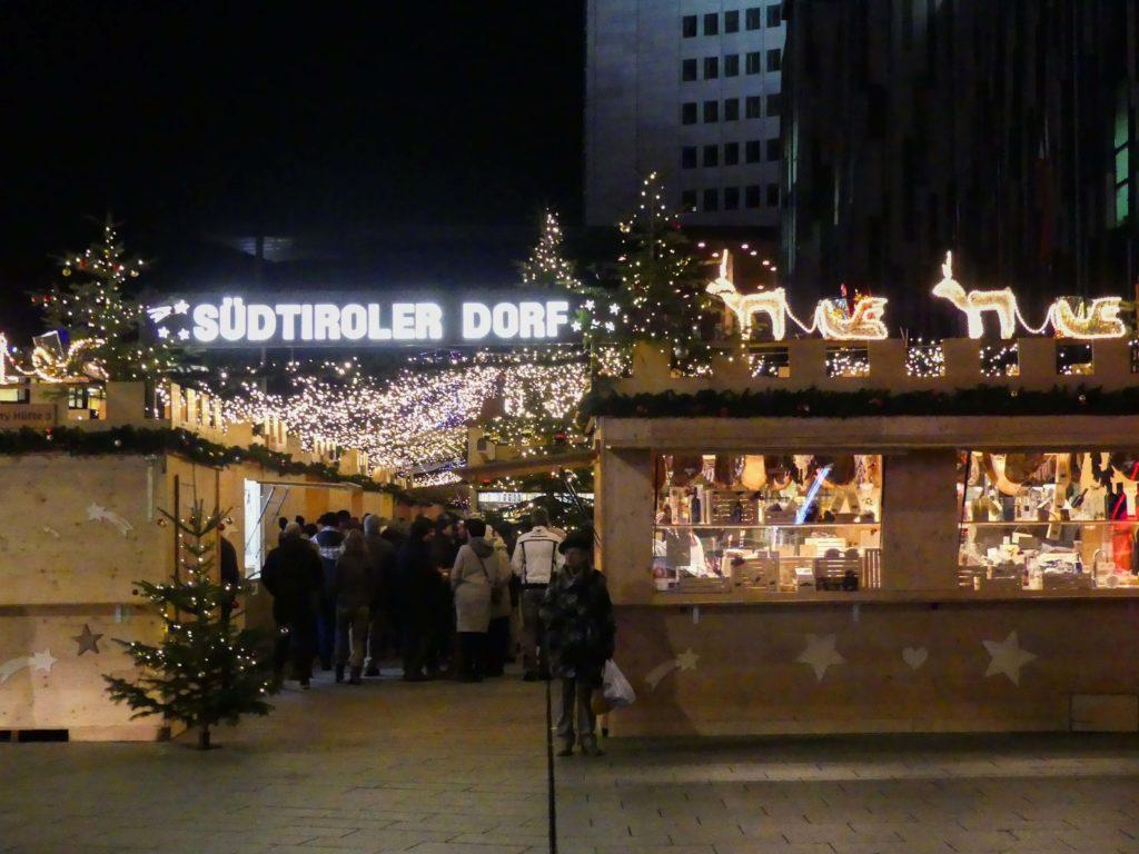 Südtiroler Dorf Weihnachtsmarkt Leipzig