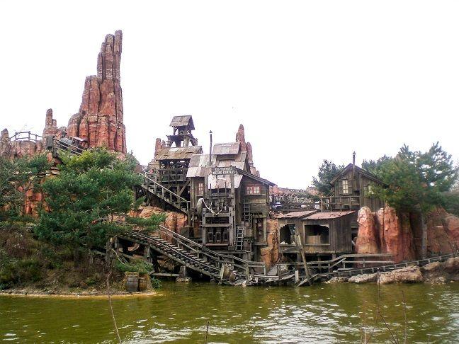 Walt Disney Studios See
