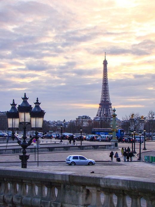 Eiffelturm am Abend