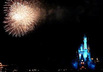Feuerwerk Disneyland Tokio